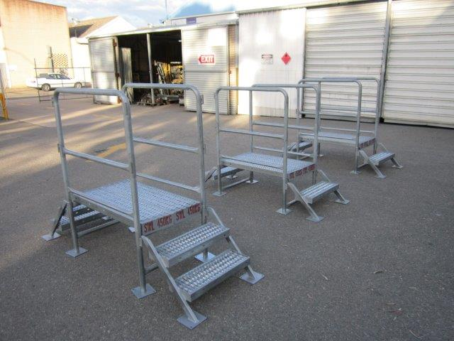 Steps For Excavators : Steps and stepovers scaffolding safe access equipment